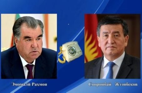 Emomali Rahmon, Sooronbay Jeenbekov discuss relations on the phone