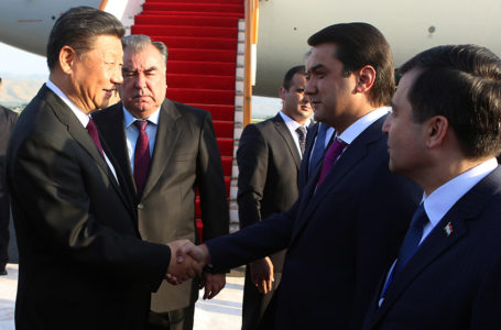 Leader of the Nation Emomali Rahmon met the President of the People's Republic of China Xi Jinping