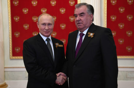 President Emomali Rahmon Attends Victory Parade in Moscow