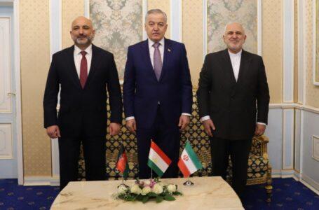 Tajik, Iranian and Afghan FMs Hold Trilateral Meeting