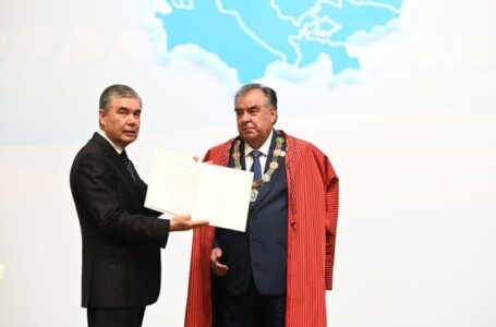 President Emomali Rahmon Awarded the Mark of Honour of the Heads of Central Asian States