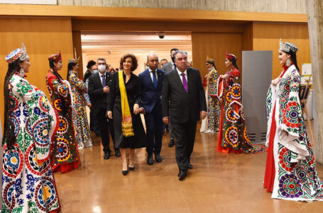 Participation in the opening ceremony of Tajikistan Day of Culture in UNESCO