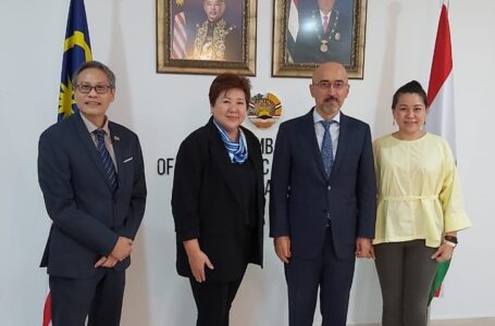 Meeting of Ambassador with the President of Malaysian International Chamber of Commerce and Industry (MICCI)